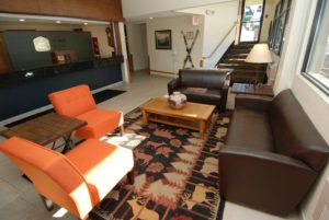10 Lobby Seating area