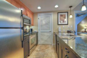 3 bedroom 2 bath silver kitchen
