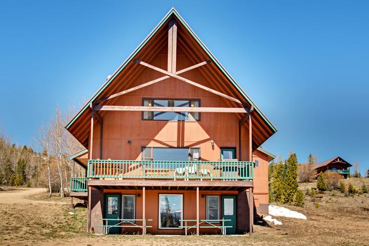 6 bedroom cabin
