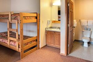 8 bedroom cabin 10