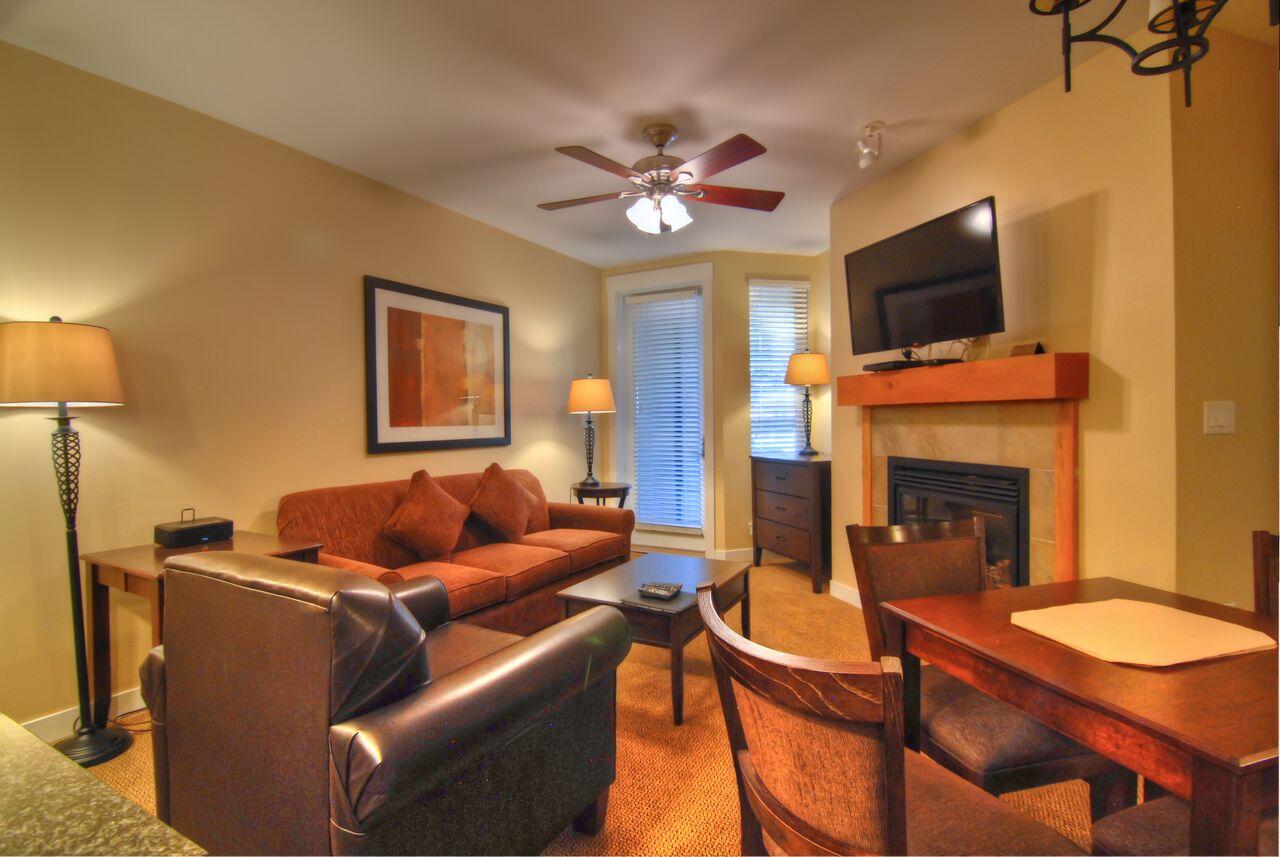 FC FP Gold Full kitchen living room