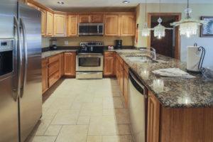 mountain plaza 708 kitchen